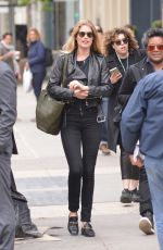 DOUTZEN KROES Out and About in Soho 05/02/2016