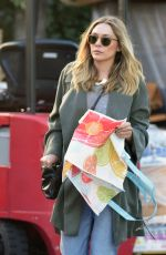 ELIZABETH OLSEN Out and About in Los Angeles 05/01/2016