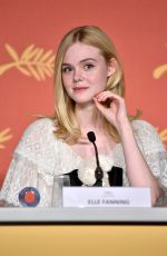 ELLE FANNING at