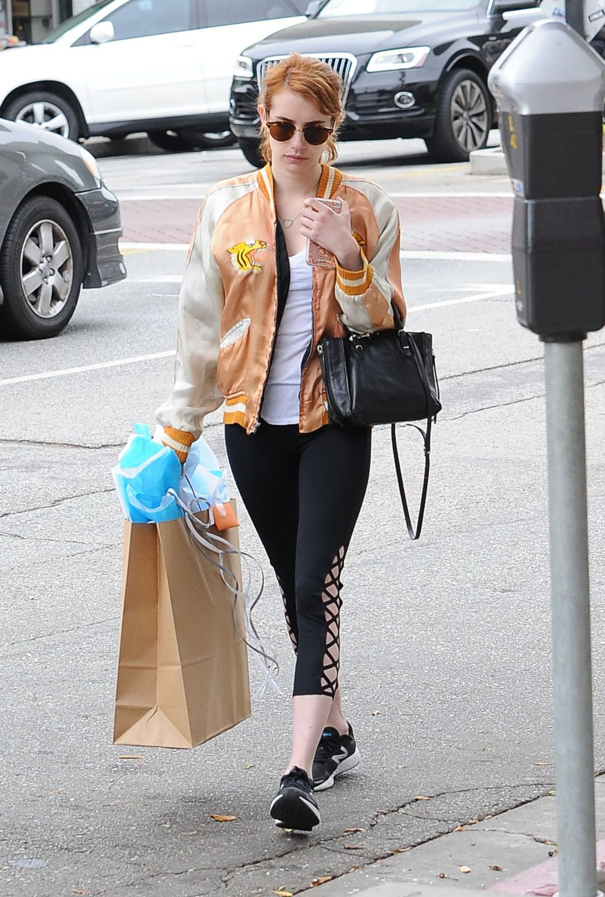 emma roberts out shopping in los angeles 05/11/2016 - hawtcelebs