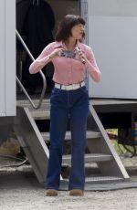 EMMA STONE on the set