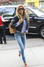 GISELE BUNDCHEN Arriving at Bowery Hotel in New York 04/30/2016