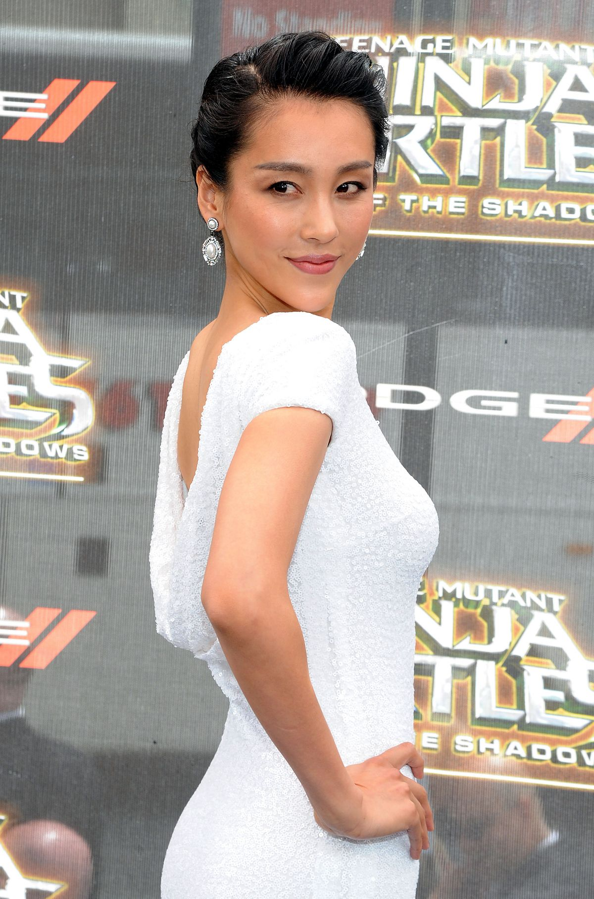 JANE WU at Teenage Mutant Ninja Turtles: Out of The Shadows Premiere in Mew York 05/22/2016