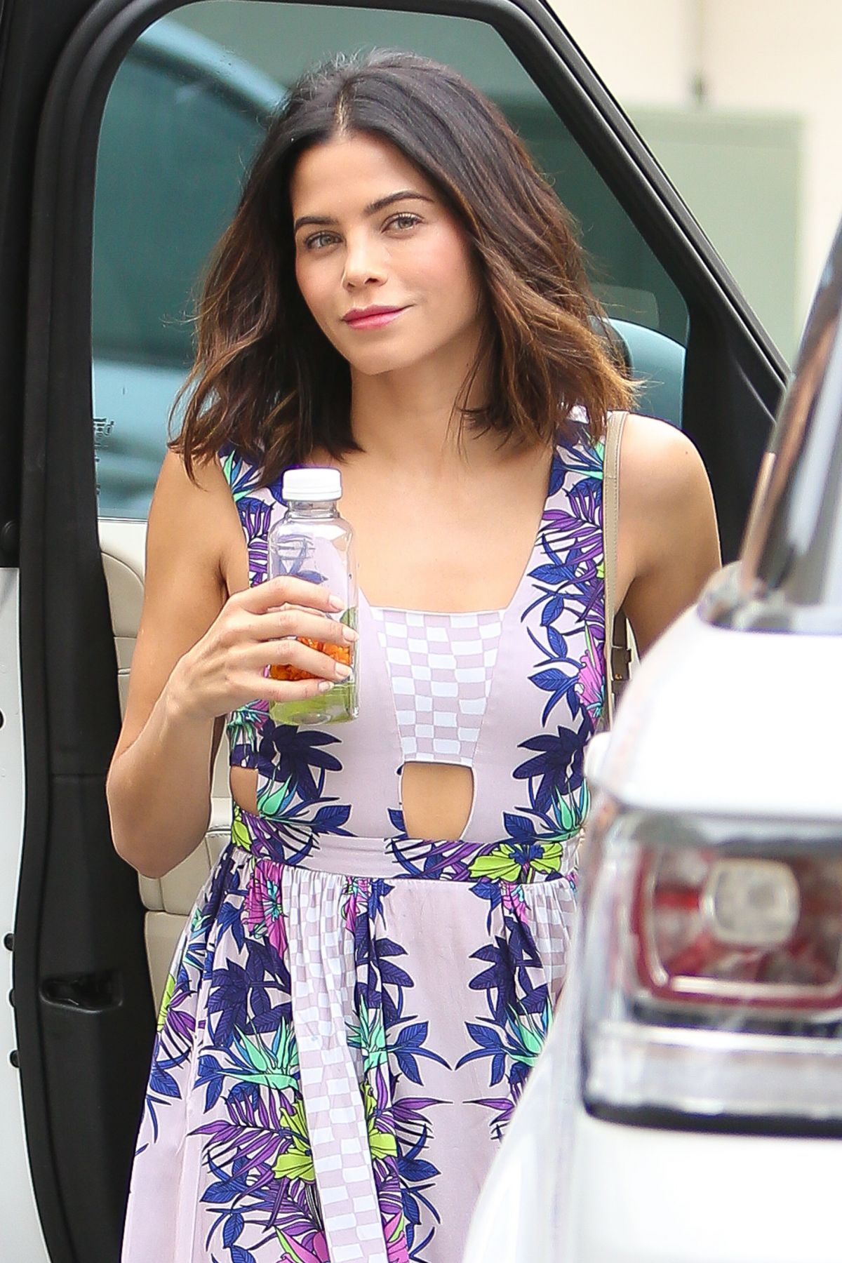 JENNA DEWAN Out and About in Beverly Hills 05/19/2016