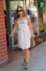 JENNIFER MEYER Shopping at Jill Roberts in Beverly Hills 05/27/2016