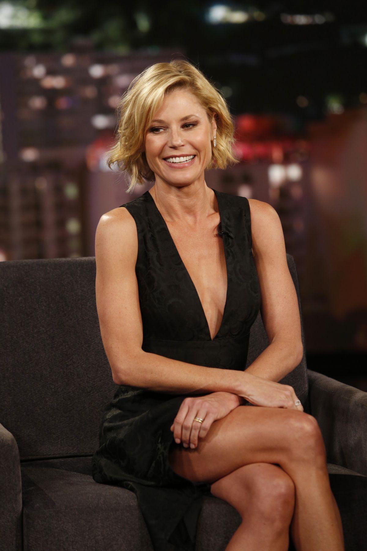 JULIE BOWEN at Jimmy Kimmel Live in Hollywood 05/04/2016