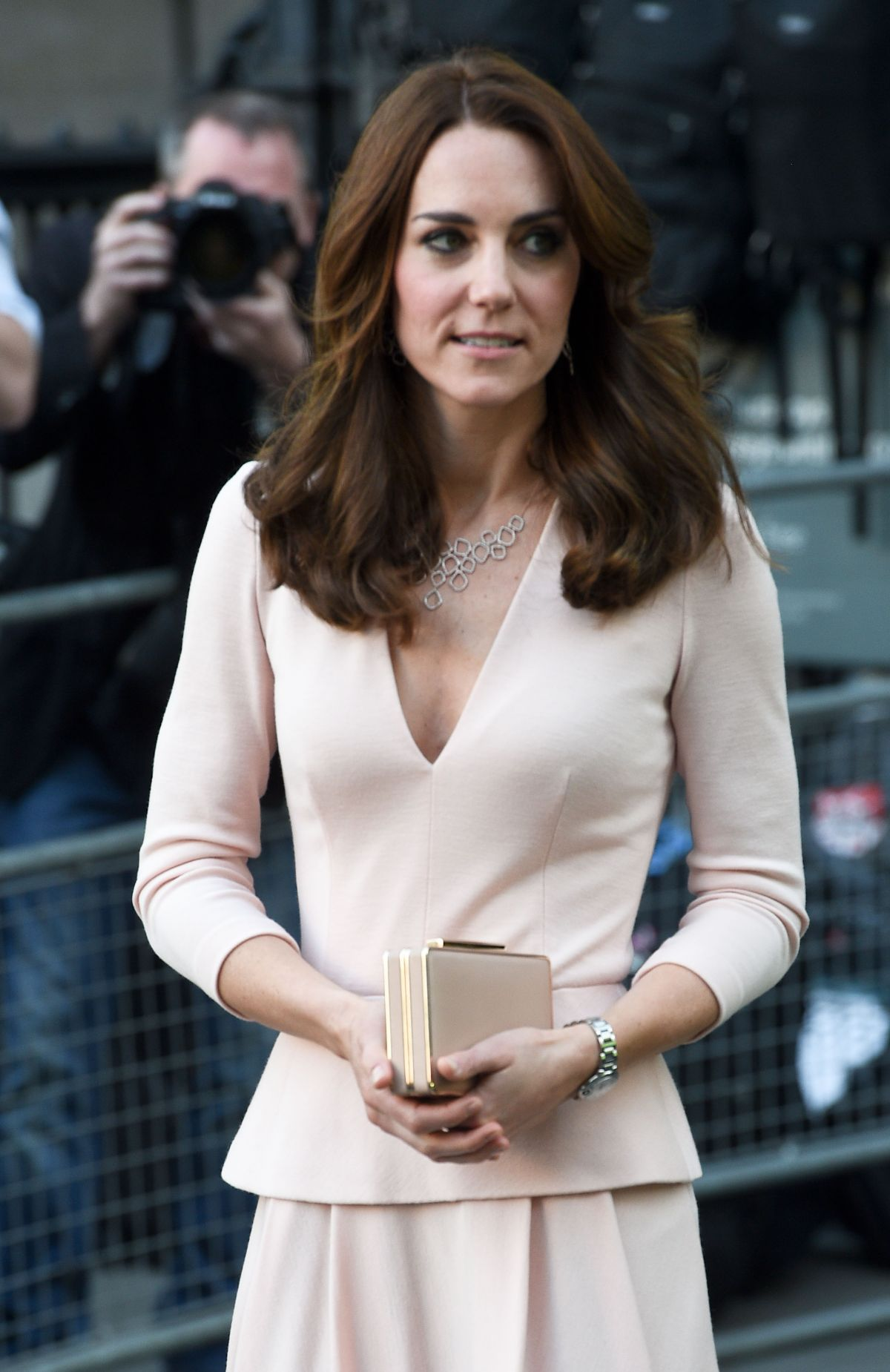 KATE MIDDLETON at National Portrait Gallery in London 05/04/2016 - HawtCelebs
