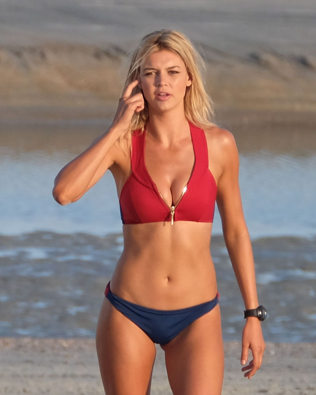 Kelly Rohrbach Kelly Rohrbach new pictures