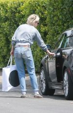 KRISTEN STEWART Out and About in Los Feliz 05/06/2016