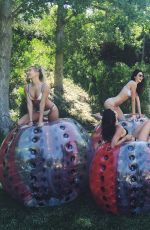 KYLIE and KENDALL JENNER and HAILEY BALDWIN ini Bikinis - Instagram Pictures 05/30/2016