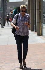 LESLIE BIBB Out Shopping in Beverly Hills 05/12/2016