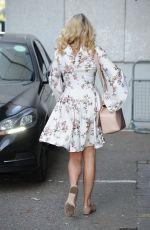 LYDIA ROSE BRIGHT at ITV Lorraine Studios in London 05/12/2016