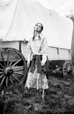 MARIE-AGNE CASTA in Grey Book, Volume II, Spring/Summer 2016 Issue