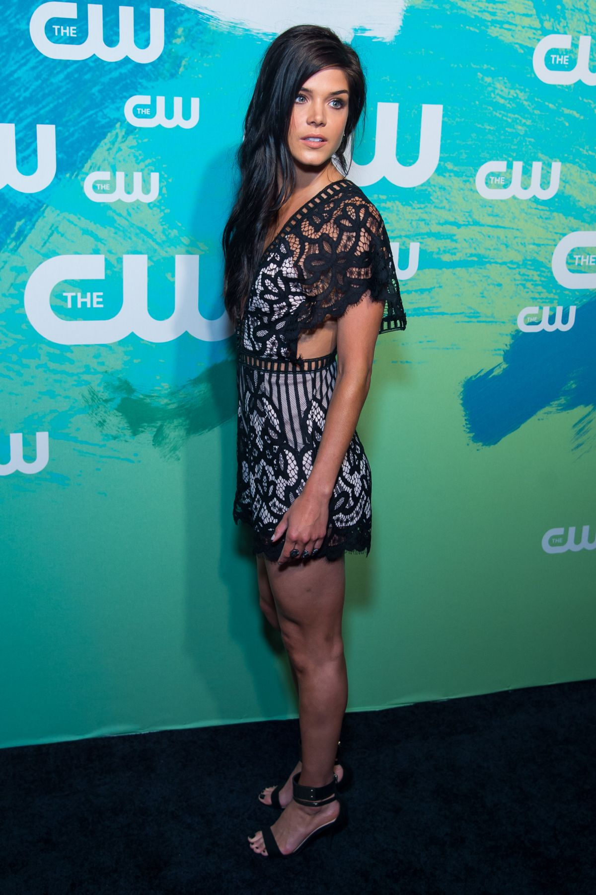 Avgeropoulos feet marie The 100's