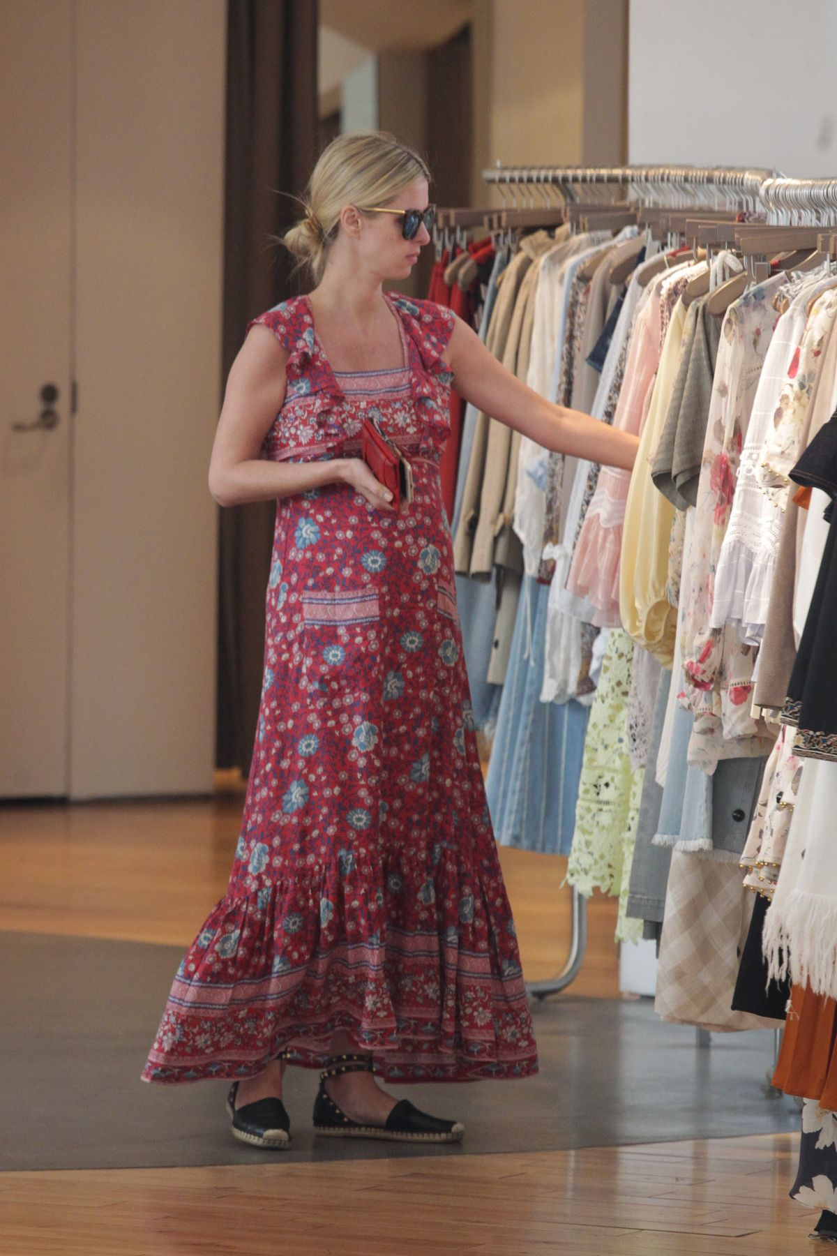 NICKY HILTON Shops for Her Baby Shower Dress in Los Angeles 05/13 ...