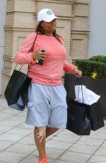 QUEEN LATIFAH Shopping at Barney