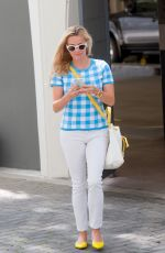 REESE WITHERSPOON Leaves an Office in Beverly Hills 05/26/2016