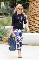 REESE WITHERSPOON Out in Los Angeles 05/09/2016