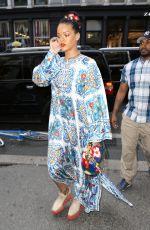 RIHANNA Shopping at MAC in New York 05/29/2016
