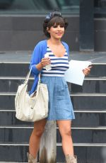 ROXANNE PALLETT on the Set of