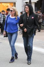SHANNON TWEED Oat at The Grove in Los Angeles 05/08/2016