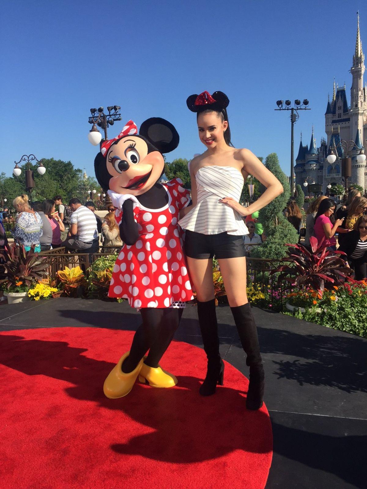 Sofia Carson At Despierta America Set In Disney World In