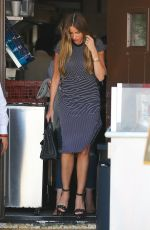 SOFIA VERGARA Out for Lunch in Beverly Hills 05/25/2016