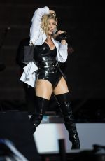 STACY FERGIE FERGUSON Performs at Rock in Rio in Lisbon 05/20/2016