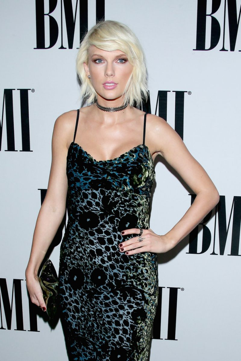 TAYLOR SWIFT at 64th Annual BMI Pop Awards in Beverly Hills 05/10/2016