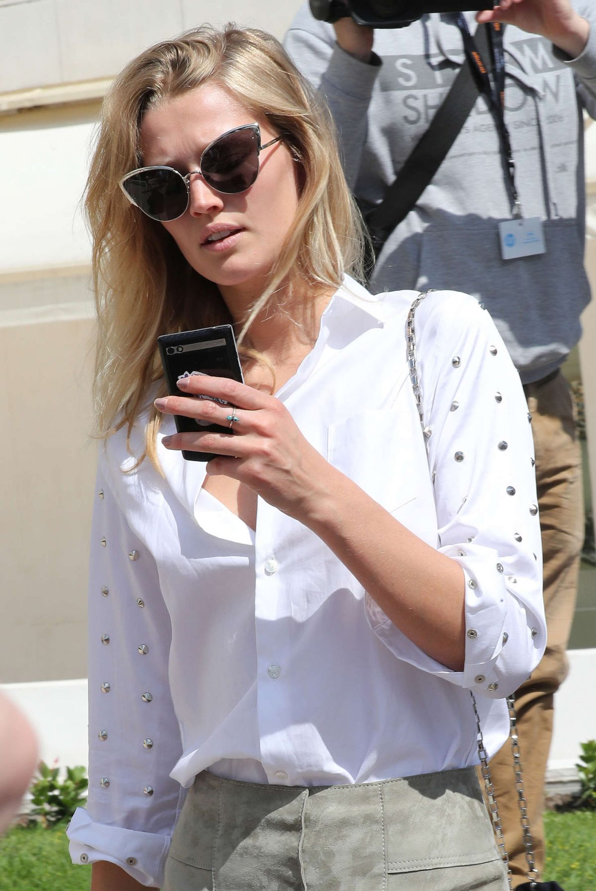 TONI GARRN Out and About in Cannes 05/16/2016