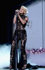 CARRIE UNDERWOOD Performs at 2016 CMT Music Awards in Nashville 06/08/2016
