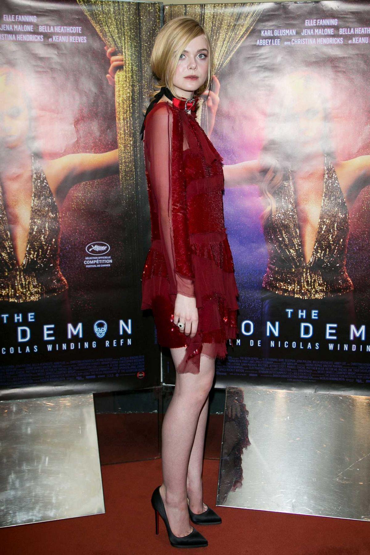elle fanning at the neon demon premiere in paris 0603