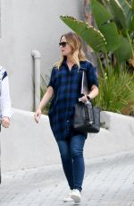 EMILY BLUNT Out and About in Beverly Hills 060/13/2016