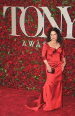GLORIA ESTEFAN at 70th Annual Tony Awards in New York 06/12/2016