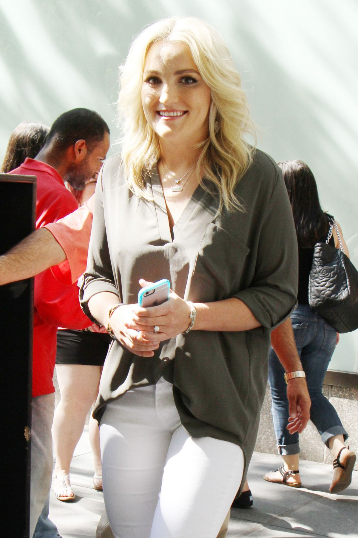 JAMIE LYNN SPEARS at The Today Show in New York 06/22/2016