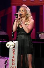 JAMIE LYNN SPEARS Performs at Grand Ole Opry at Ryman in Nashville 06/11/2016