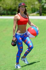 JENNIFER NICOLE LEE Working Out at a Beach in Miami 06/02/2016