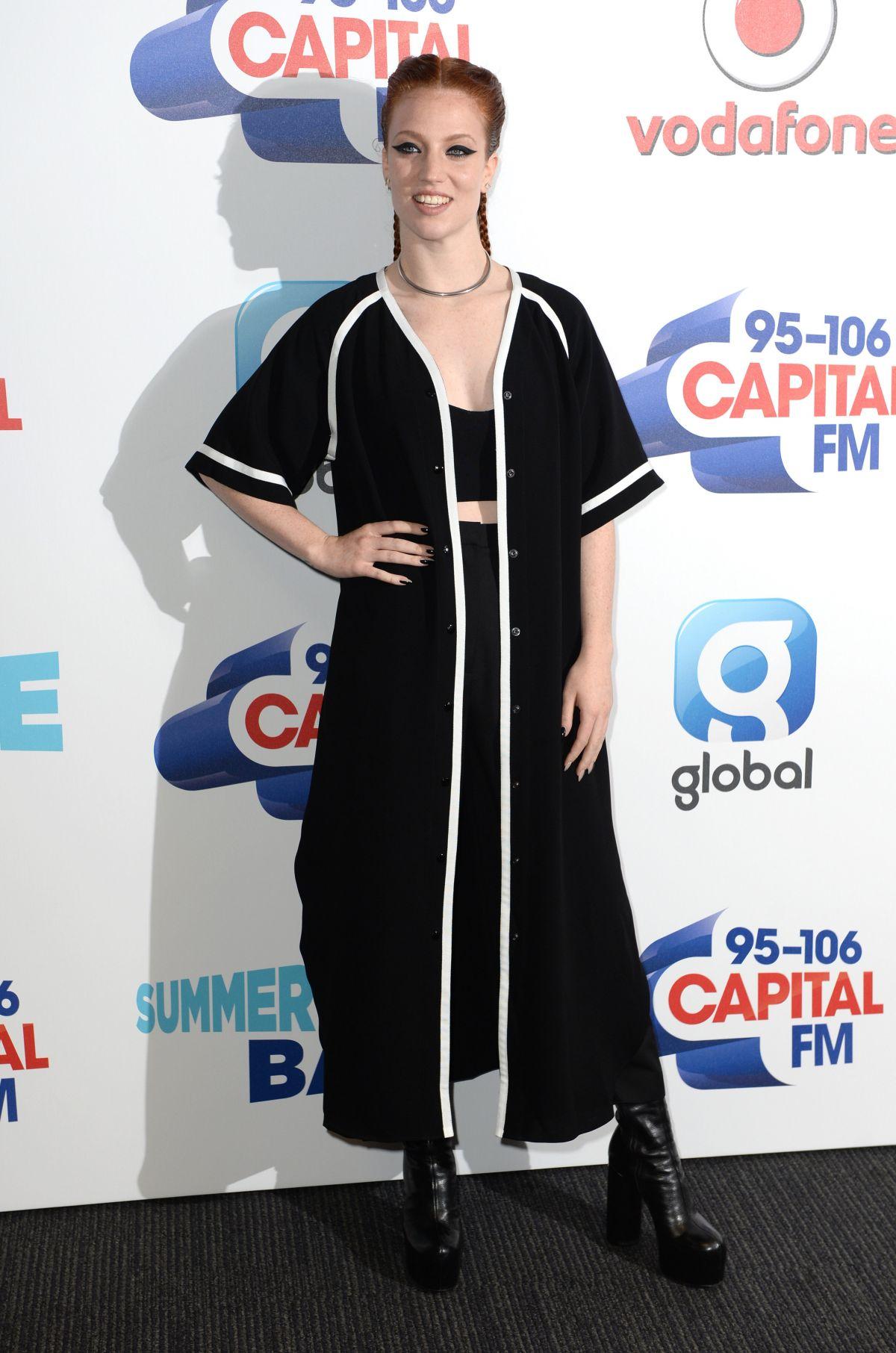 JESS GLYNE at Capital FM Summertime Ball in London 06/11/2016