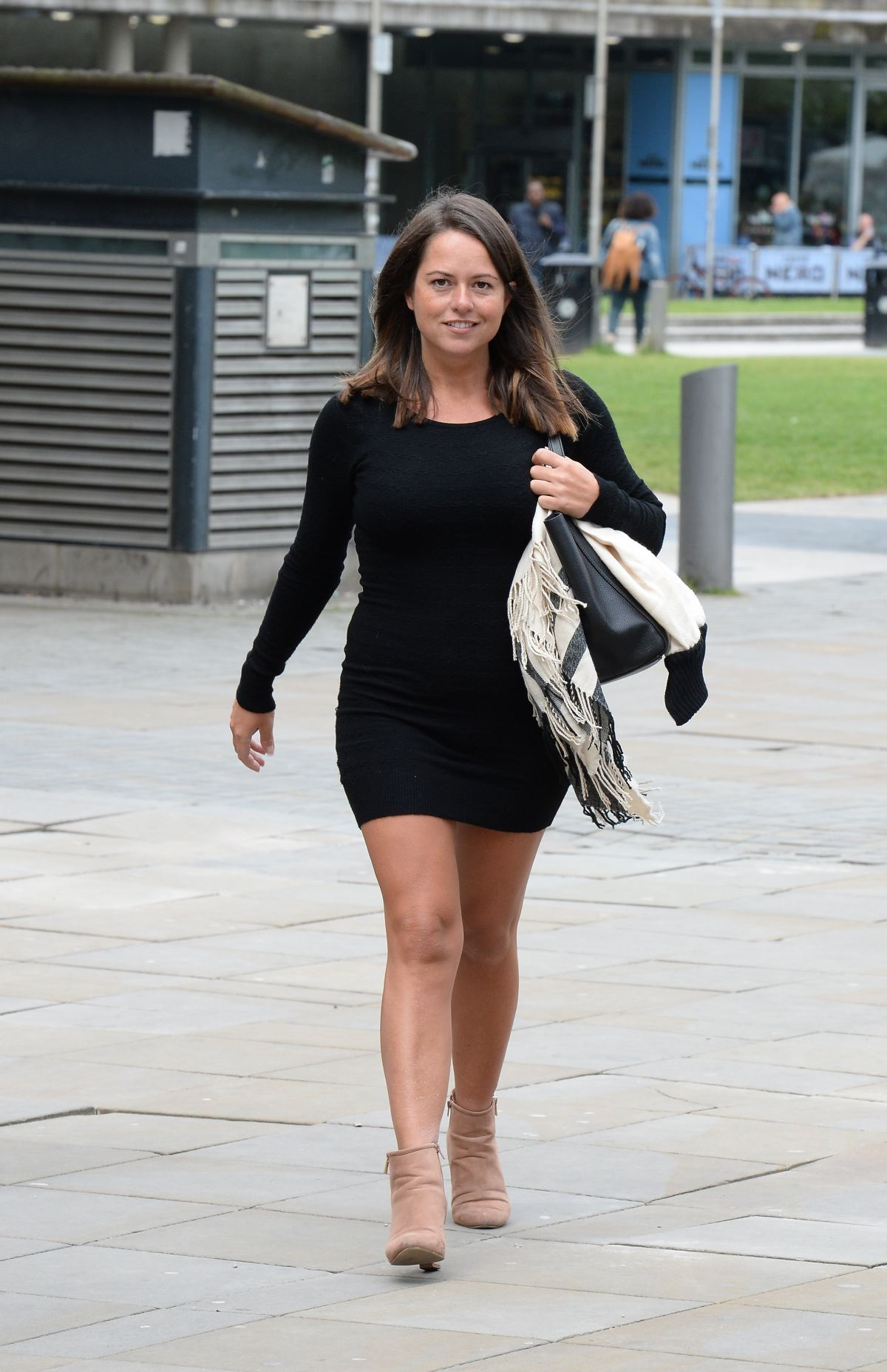 KAREN DANCZUK at Lipo Clinic in Manchester 06/18/2016