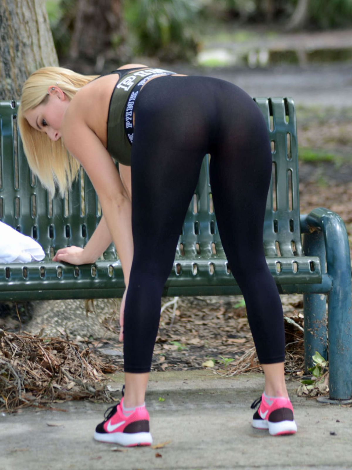 9f3f6004cdfbc Kate england in tights wworkout at a park in orlando jpg 1200x1600 England  tights