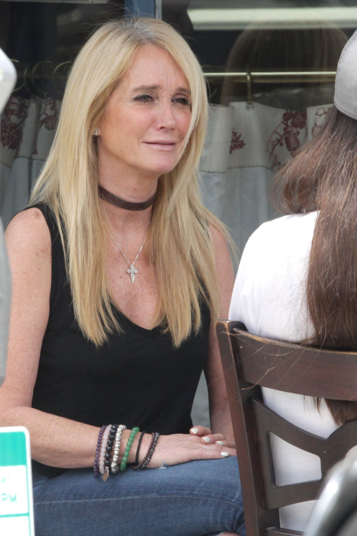KIM RICHARDS Lunch at LA Conversation Restaurant in Los Angeles 06/14/2016
