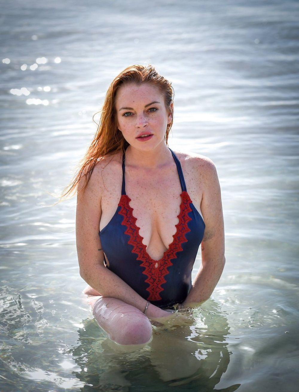 Lindsay Lohan Nude Pics - Nude Pics