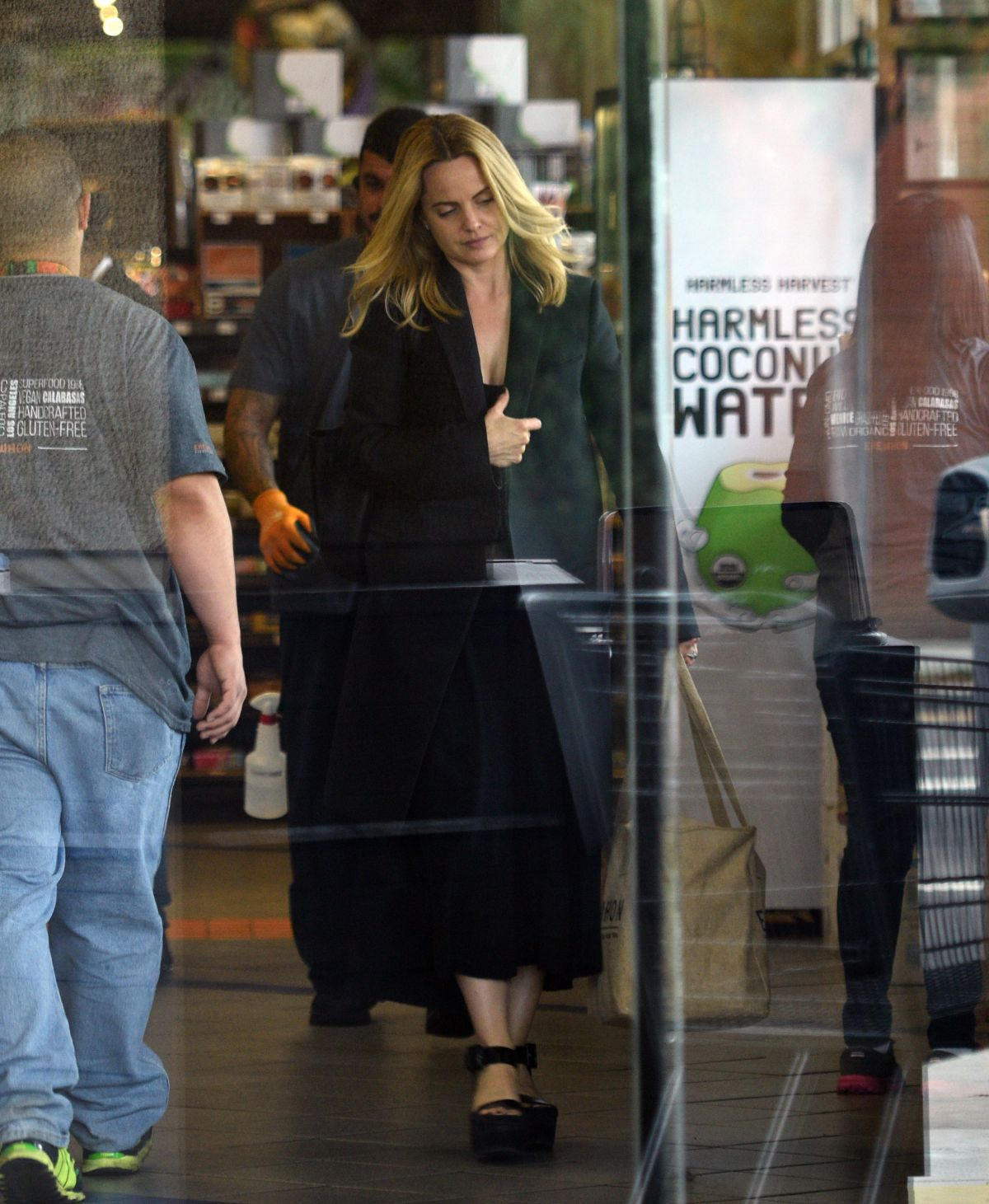 MENA SUVARI Shopping at Erewhon Natural Foods in Los Angeles 06/09/2016