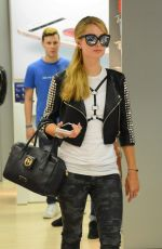 PARIS HILTON Out Shopping in Milan 06/16/2016