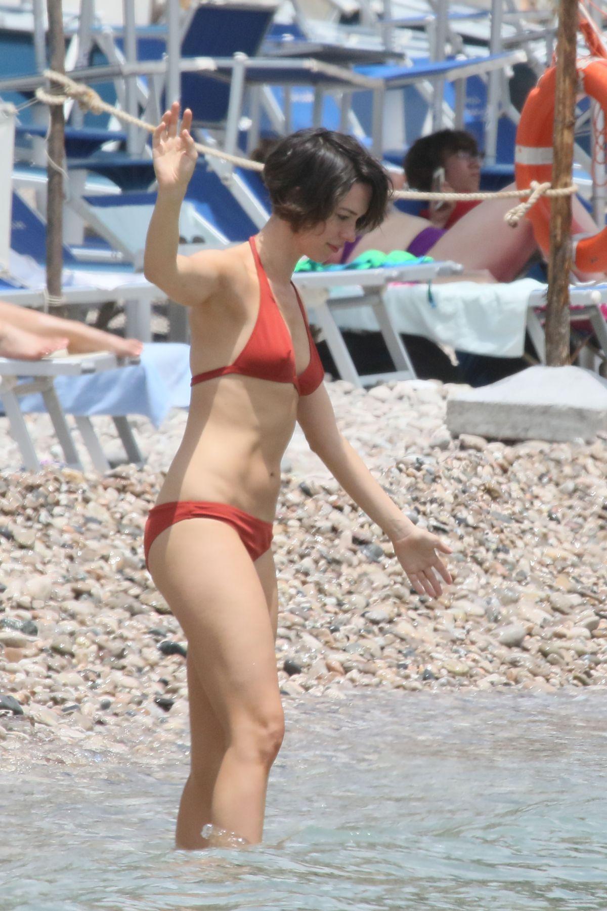 Rebecca Hall Bikini 90