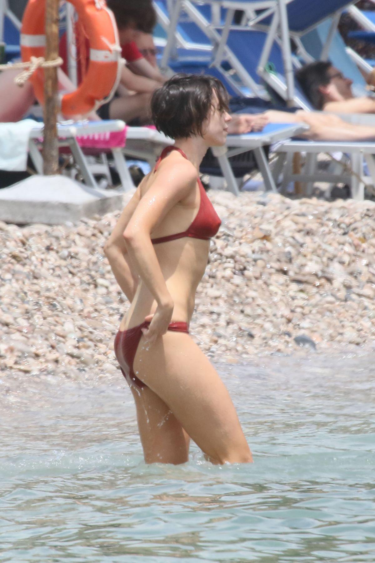 Rebecca Hall Bikini 4
