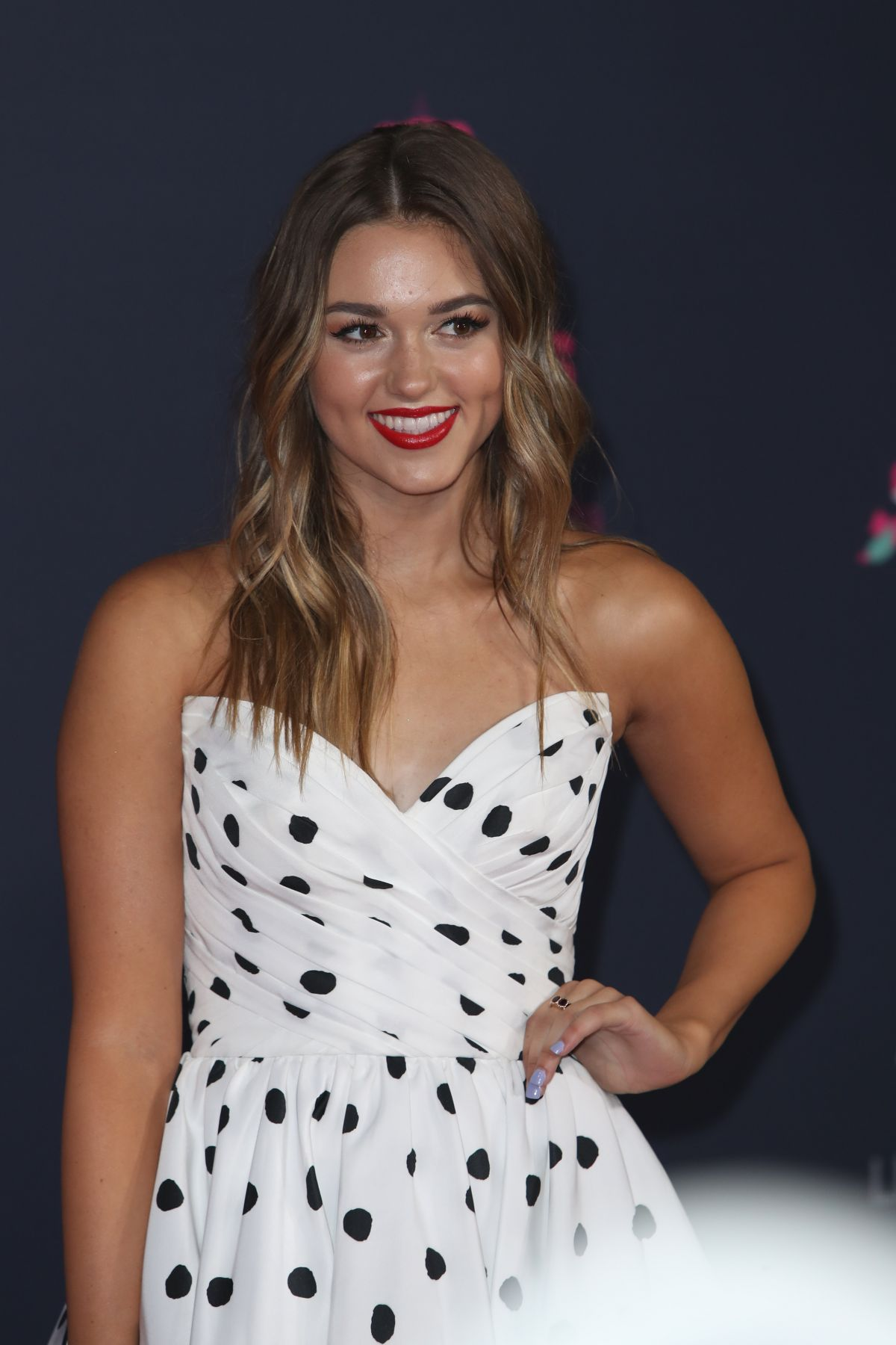 SADIE ROBERTSON at 2016 CMT Music Awards in Nashville 06/08/2016