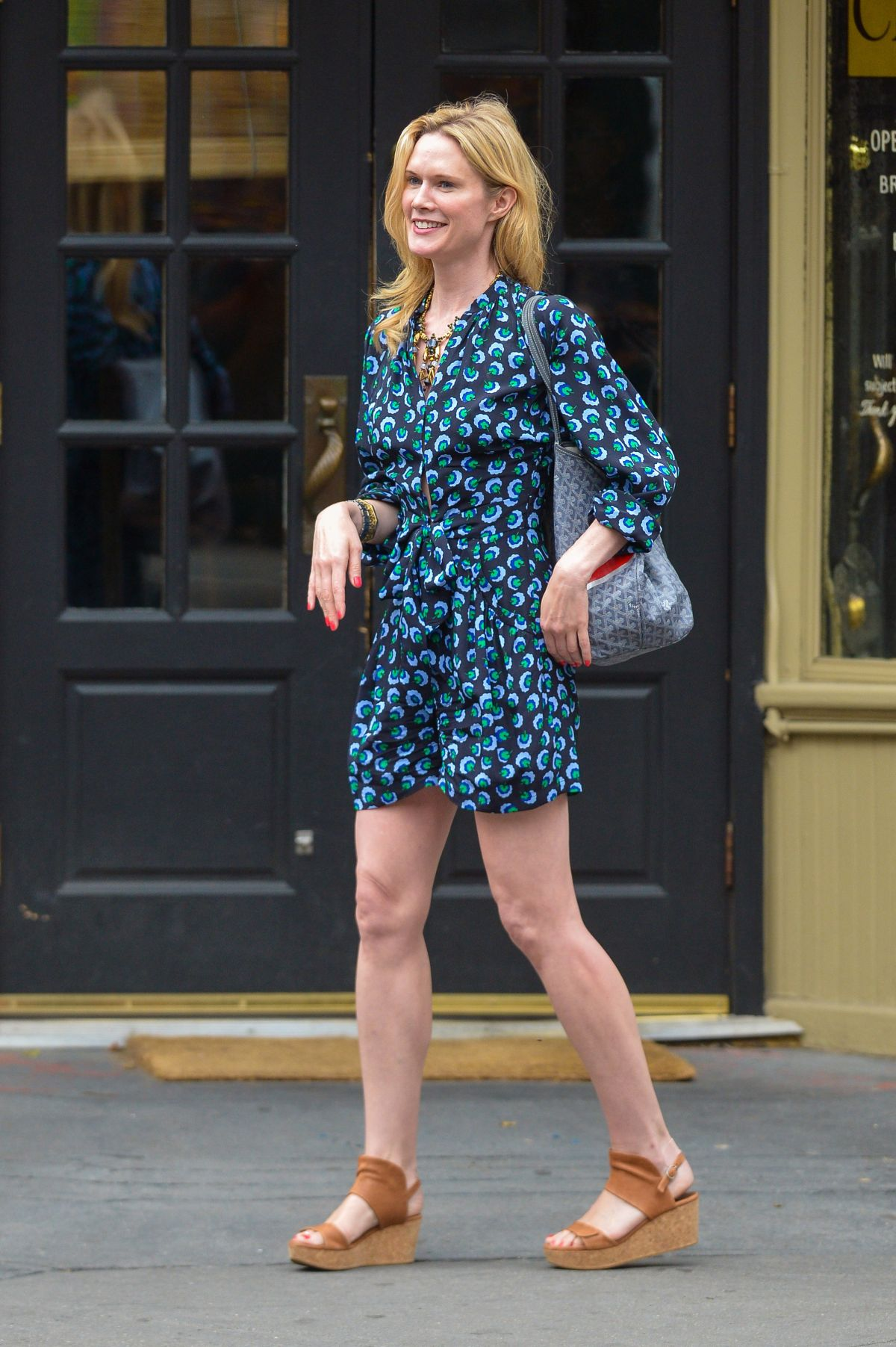 Beverly Sanders,Lameka Fox USA 3 2016?resent Erotic pics & movies Jane Anderson,Sophie Nelisse