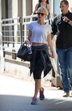 TAYLOR SWIFT Heading to a Gym in New York 06/07/2016