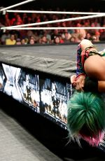 WWE- NXT Takover: The End... Digitals 06/08/2016